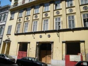 Steindl Imre utca 12. - Bejárat az egykori Rákosi bunkerhez