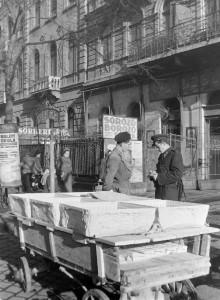 Kocsma a Rottenbiller utcában (1951). Forrás: Fortepan/IMRE